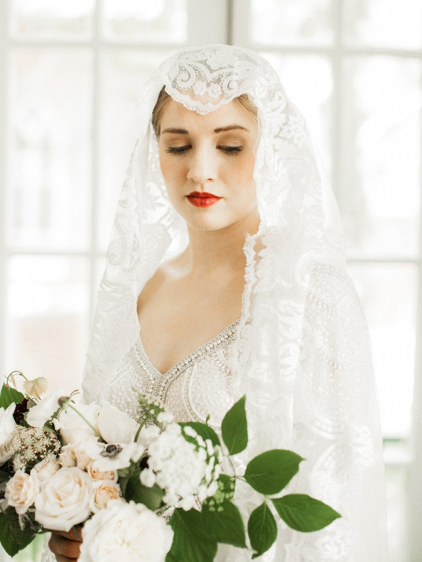Bride in juliet cap veil
