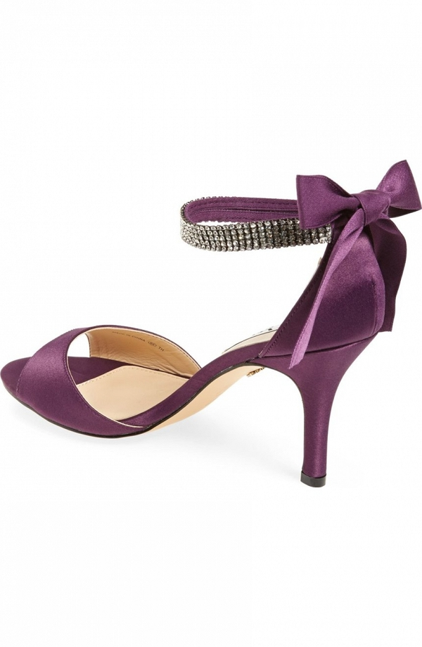 Nina 'Vinnie' Elegant Ankle Strap Sandal