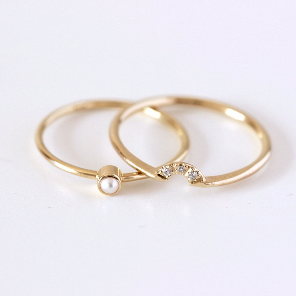 Modern Pearl & Diamond Wedding Ring Set