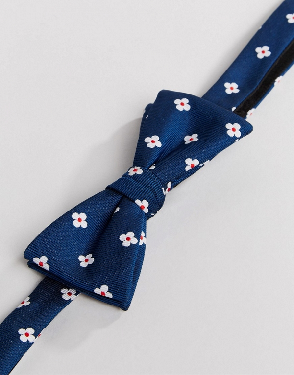 Red, White & Blue Floral Bow Tie