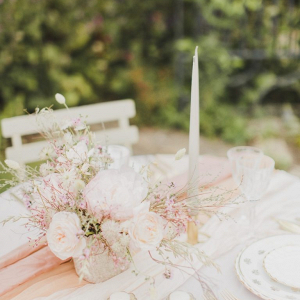 Light pink wedding tablescape