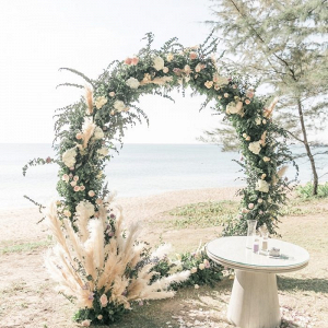 Circle floral ceremony arch