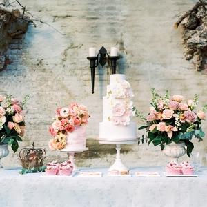 Romantic Floral Wedding Cakes