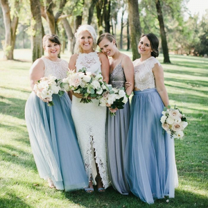 Bridesmaids in lace and tulle separates