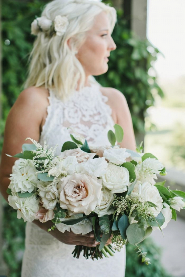 Lush white bridal bouquet