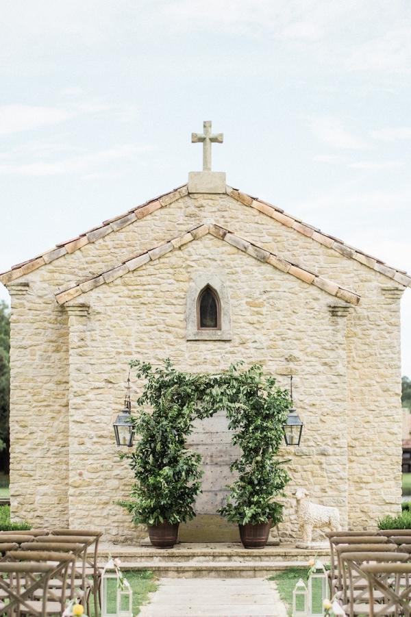 Greenery Arch Houston Oaks Wedding