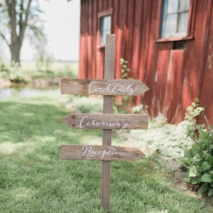 DIY Wooden Wedding Sign