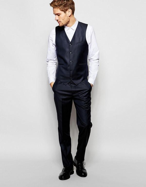 Modern Slim-Cut 3 Piece Navy Suit
