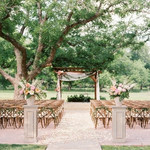 Outdoor ceremony on Chic Vintage Brides