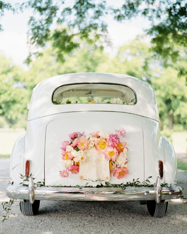 Vintage Getaway Car on Chic Vintage Brides