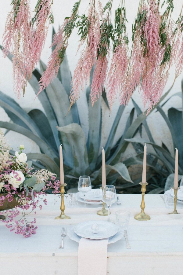 Minimalist tablescape with hanging florals