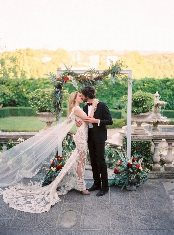 Romantic Tuscan garden wedding ceremony