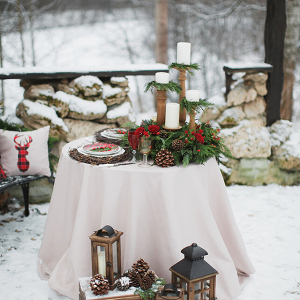 Rustic Holiday Wedding Sweetheart Table