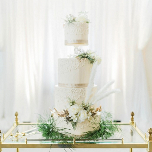 White and gold glam wedding cake