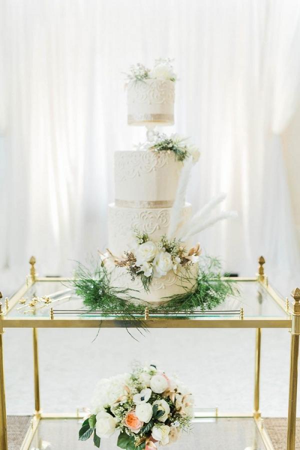 White and gold glam wedding cake