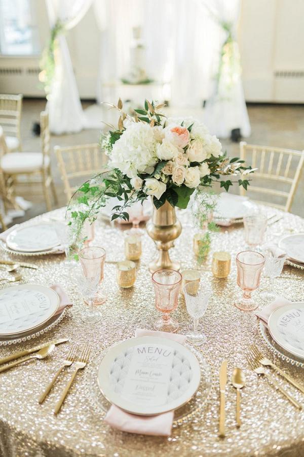 Hydrangea-Wedding-Centerpieces-700x1050