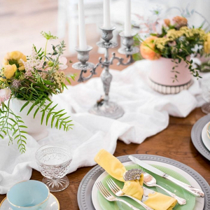 Spring vintage style wedding table in pastels