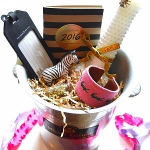 DIY Bridesmaids Gift Box