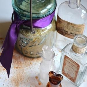 DIY Cinnamon Oatmeal Bath Salts