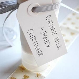 Homemade Coconut Milk Conditioner