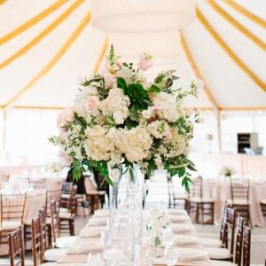 Charming Castle Hill Inn Wedding