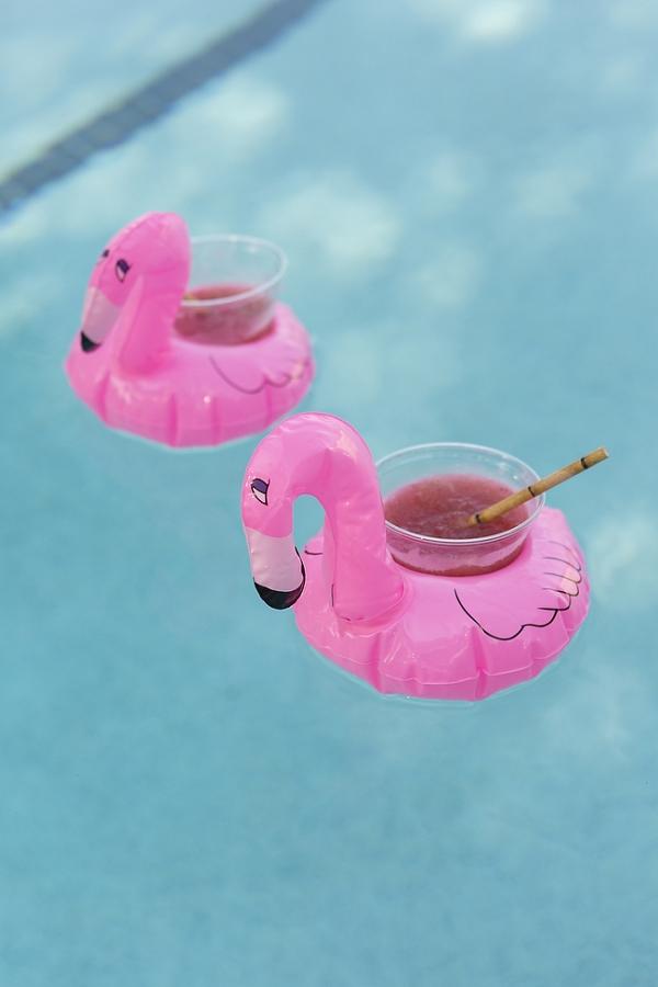 DIY Poolside Bachelorette Party