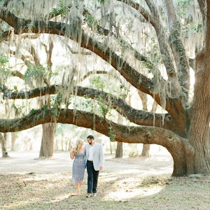 Southern Engagement Featuring Sweeping Oaks
