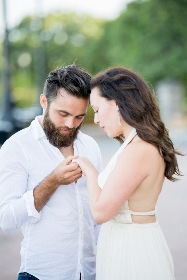Surprise Charleston Proposal In Waterfront Park