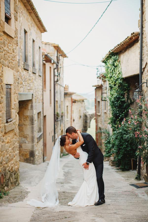 Spain destination wedding