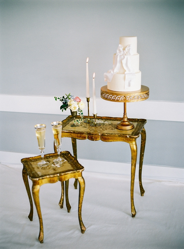 Vintage Wedding Cake Display