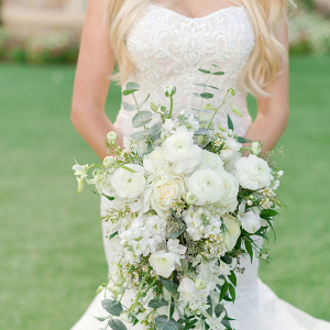 Trailing white and greenery bridal bouquet