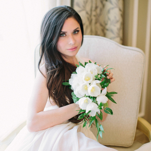 Bride with tulip bouquet