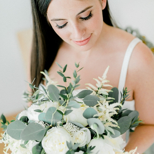 95fbf1270ca0 Elizabeth Anne Designs · White bridal bouquet; Elegant centerpiece with  gold hoop candlesticks; Modern geometric wedding ...
