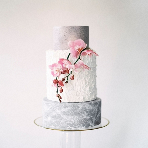 Gray and white textured wedding cake