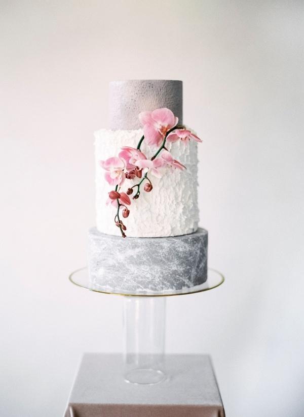 Gray and white textured wedding cake