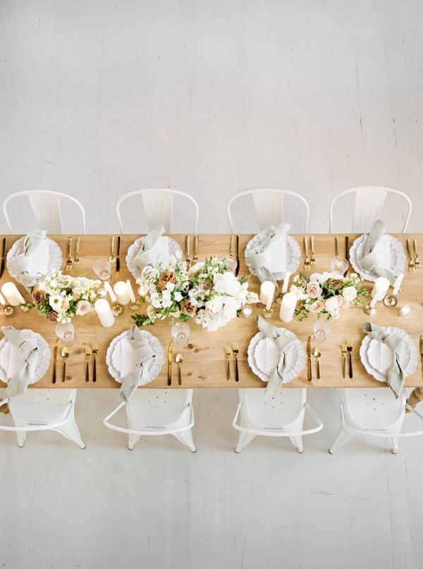 Monochromatic natural wedding tablescape