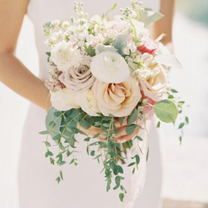 Blush ivory wedding bouquet