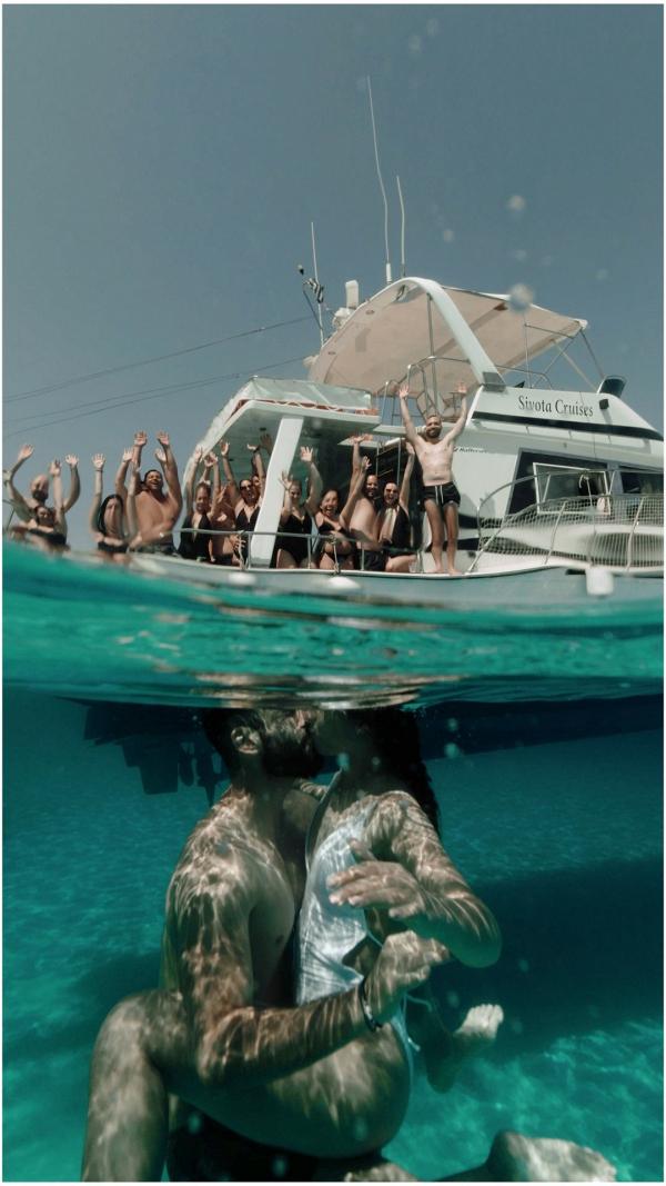 Sky_Is_The_Limit_Greek_underwater_on_Ellwed