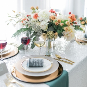 Modern & Romantic Table Scape