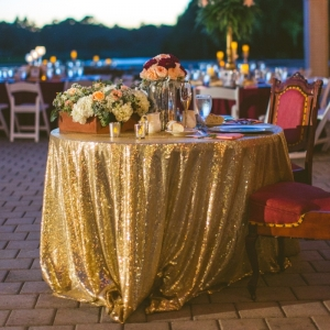 Gold sequin sweetheart table