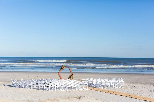 Modern beach ceremony