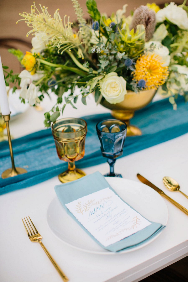 Blue and yellow tablescape