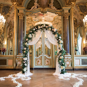 Glam Italian villa wedding ceremony