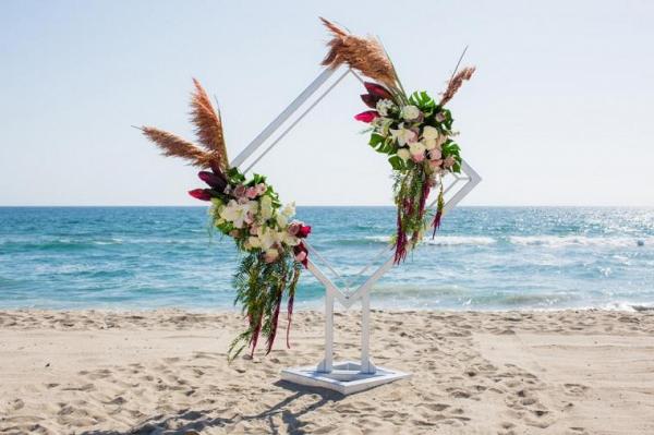 Modern beach ceremony backdrop