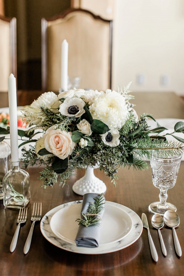 Elegant winter wedding tablescape