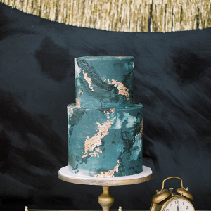 Blue and gold marble wedding cake