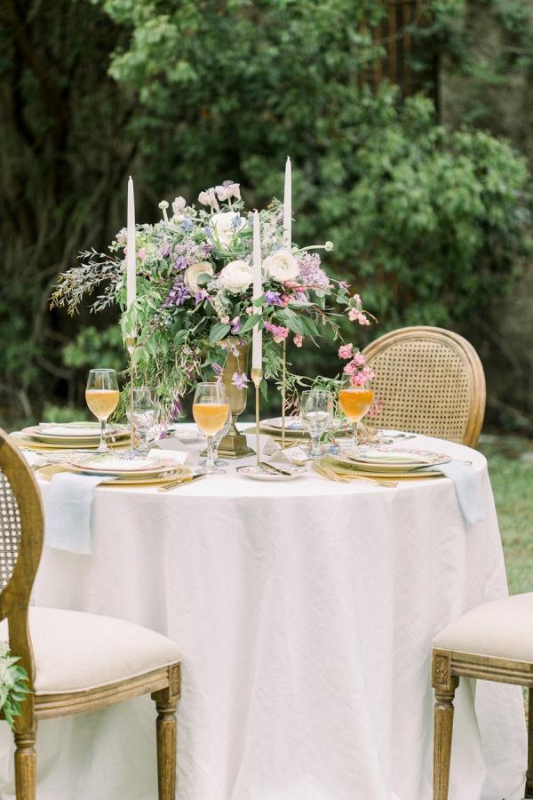 Elegant organic tablescape