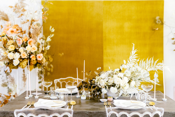 Gold and white modern tablescape