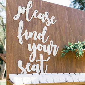 Escort seating display