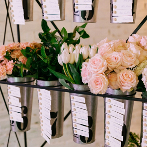 Flower bucket escort card display